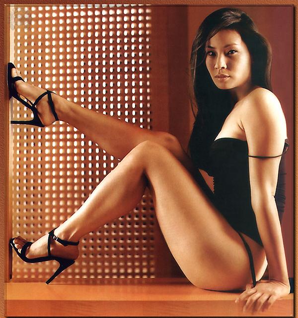 Фото голых знаменитостей из азии что
